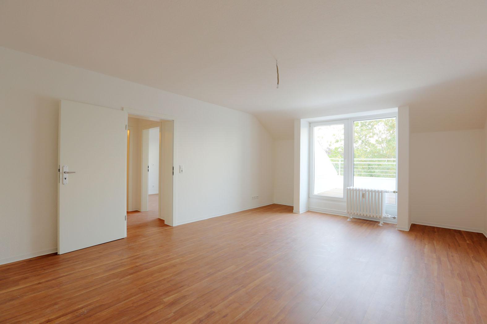 VERKAUFT Sanierte 3 Zimmer Dachgeschosswohnung in Düsseldorf-Düsseltal
