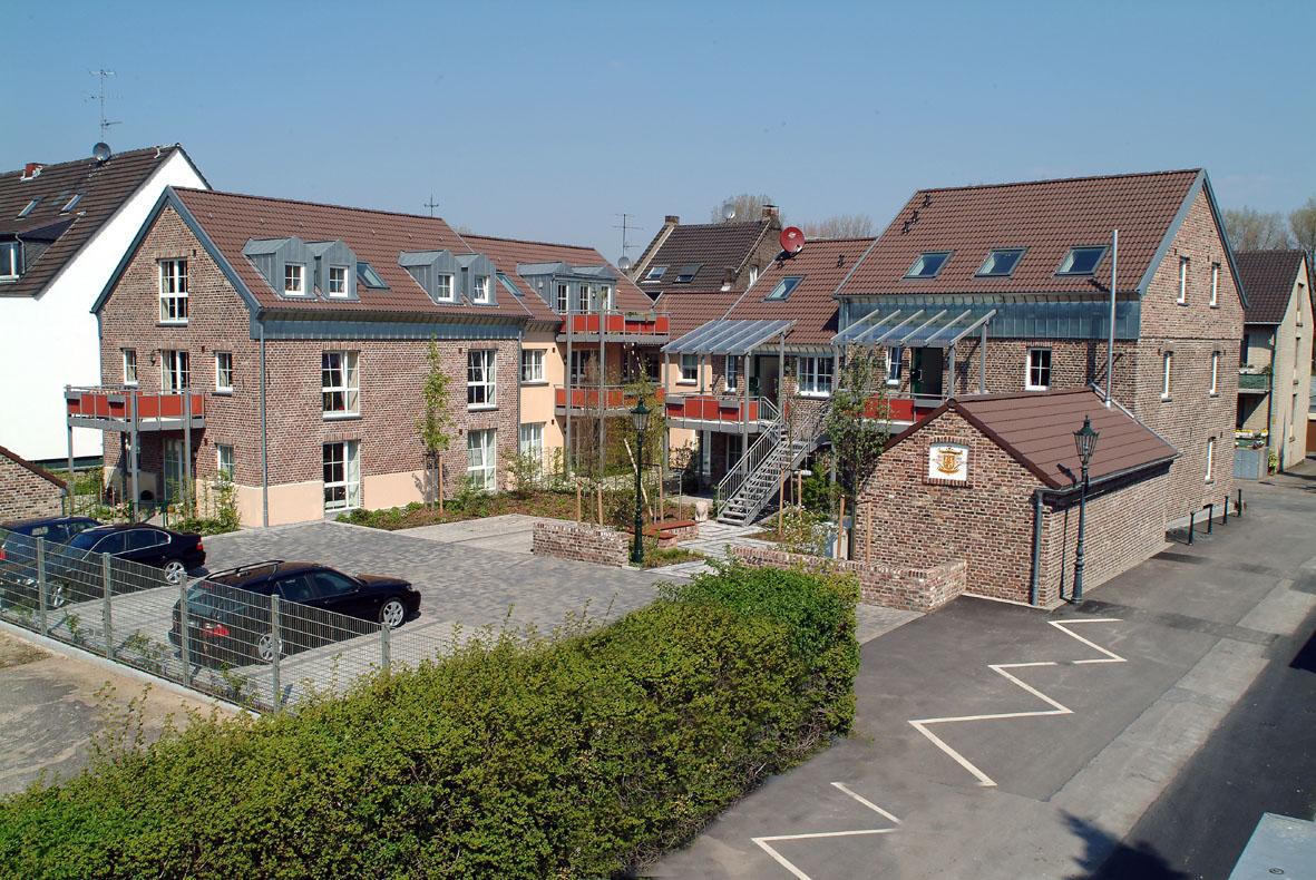 VERMIETET 3 Hochwertige Wohnungen in kernsanierter Hofanlage in Düsseldorf-Lörick